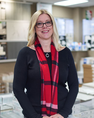 Joelle Cooke, Store Manager